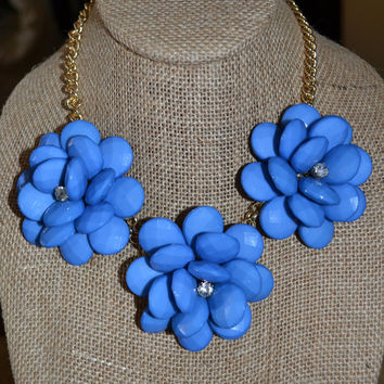 Blue Blooming Flower Necklace