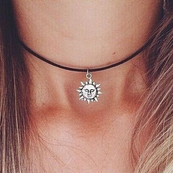 Sun Necklace Choker + Gift Box