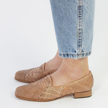 Vintage 80s Tan Woven Leather Flat Loafers   6.5