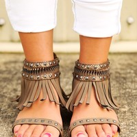 Indian Outlaw Sandals: Mocha