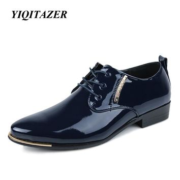 YIQITAZER 2017 Fashion Business Dress Men Shoes,Pointed Toe Patent Leather Casual Shoes Men Slip On Oxfords Shoes