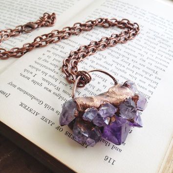 Raw Amethyst Point Lotus Necklace