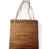 Vintage Free Standing Shopper Tote Hand Woven Resilient Zig Zag Bamboo Storage Beach Market Bag Braided Straps Wine Travel Shopping Purse