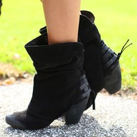 Easy To Per Suede Me Boots