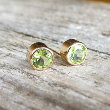 Peridot stud earrings.gemstone post earrings. August birthstone earrings