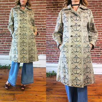 Vintage RARE 1950's COJANA The Hudson's Bay Mirror Room Faux Snakeskin Slicker Raincoat Trench Coat English Designer Jacket || Size Medium
