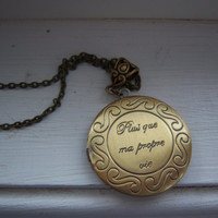 Renesmee's Locket Twilight Inspired Necklace - steampunk - Free Gift With Purchase