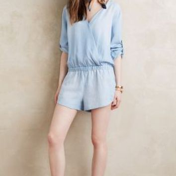 Cloth & Stone Surplice Chambray Romper in Light Denim Size: