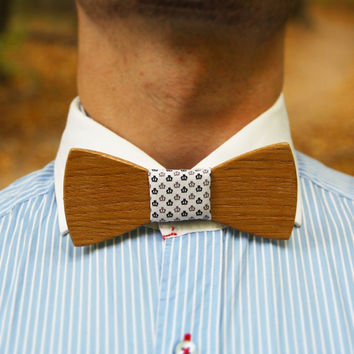 "Wooden bow tie ""White crown"". Handicraft unique men accessory. Manly gift. #WoodenBowtie #Jules_Verne"