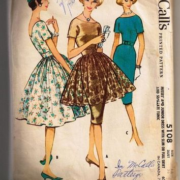 Vintage 1959 McCalls Printed Pattern, Dress, Misses Junior Dress with Slim or Full Skirt and Seperate Tunic, Size 16 Bust 36, Sexy, classic