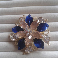 dark blue and beige crystal flower rhinestone goldtone  brooch  pin