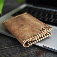 Personalized Leather Wallet /Hand-stiched Wallet/Distressed Wallet/Groomsmen Gift /Minimalist Wallet /Monogram Wallet/Christmas gift