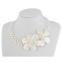 Fashion White Shell Flower Necklace Pearl Clusters Necklaces Statement Jewelry