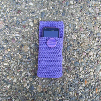 Crocheted Mp3 Iphone Case Pouch Cozy by PowersOfLove on Etsy