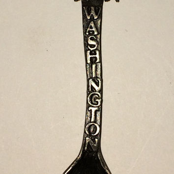Washington Apples Souvenir Spoon