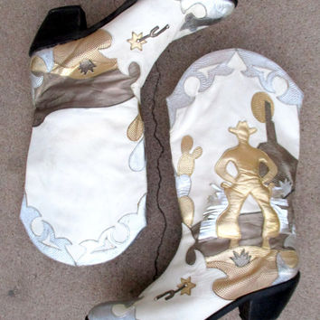 ON HOLD Vintage White Silver Gold Metallic Cowgirl Cowboy Cactus Boots for Women Size 8 1/2 M Zalo Southwestern Western Applique