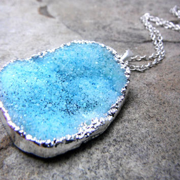 Blue Druzy Necklace, Druzy Pendant Necklace, Crystal Necklace, Blue Necklace, Blue Stone Necklace, Blue Gemstone Necklace, Chunky Necklace