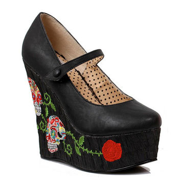 Bettie Page Calavera Wedge Black