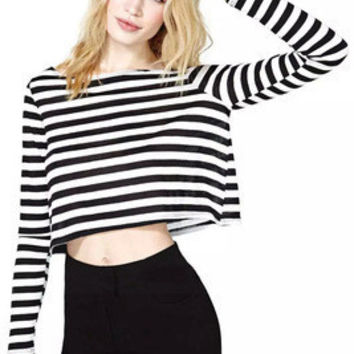 Stripes Printed Black White Women Loose Long Sleeve Round Necked T-Shirt Top