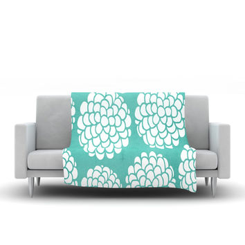 "Pom Graphic Design ""Hydrangea's Blossoms"" Teal Circles Fleece Throw Blanket"