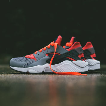 Nike Air Huarache - Cool Grey/Bright Crimson