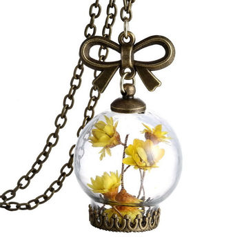 Romantic Dried Wild Flowers Glass Necklace