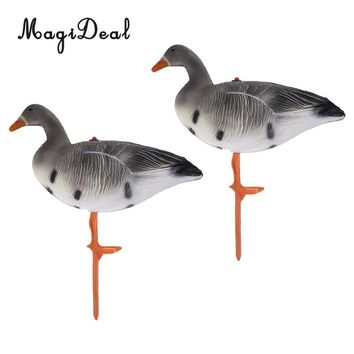 MagiDeal 2 Pieces Portable Lifelike Full Body Resting Goose Hunting Decoys Lawn Garden Yard Decors Hunter Greenhand Gears