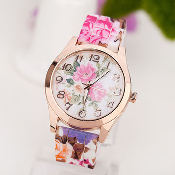 Designer's Great Deal Trendy Gift  Vintage Floral Silicone Quartz Watch [4933058820]