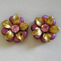 flower post earrings, vintage style, pink and gold