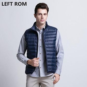 LEFT ROM fashion men in winter to keep warm 90% white duck down Vest/Male high-grade Ultra light ultra-thin feather coat