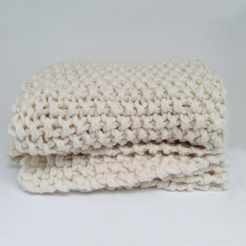"ASPEN Chunky Hand Knitted Throw, Pure Merino Wool, 48""x60"", Super Chunky Knit Blanket"