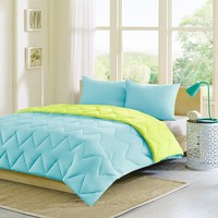Intelligent Design Trixie Down-Alternative Reversible Comforter Set
