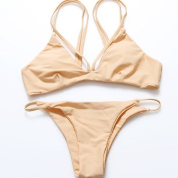 The new sexy solid color split bikini swimsuit swimsuit