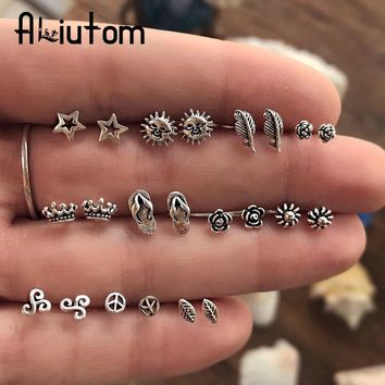 11 Pairs/lot Unique Design Vintage Small Stud Earrings Set For Women Punk Rose Crown Sun Stars Feather Geometric Animal Ear Aros