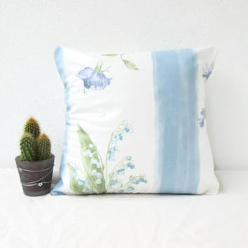 Blue floral pillow cover, country cottage cushion cover, 12 inch cushion cover, British fabric, floral throw pillow, handmade in the UK