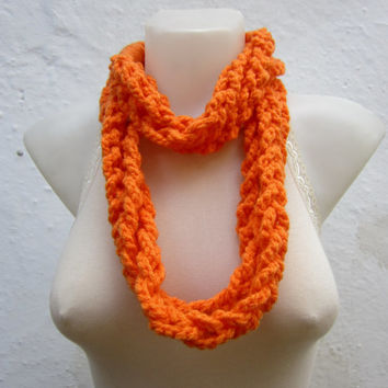 Crochet infinity Scarf,Finger Knitting Scarf,Chain scarf