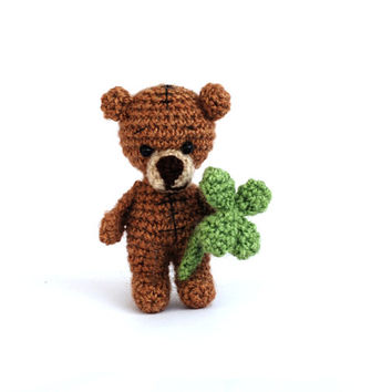 tatted teddy bear, tiny bear holding a four leaved clover, luck doll, crocheted bear, little bear, good luck gift, artist bear