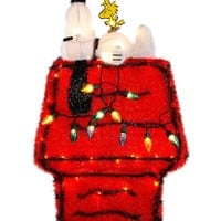 Kurt Adler Christmas Decoration, 3D Snoopy with Doghouse Lighting Display