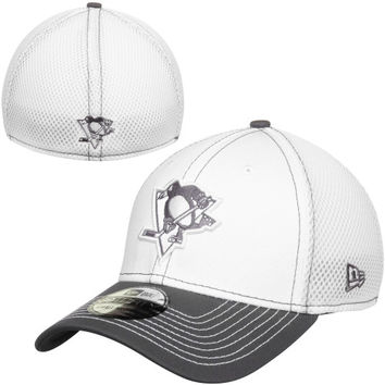 Pittsburgh Penguins New Era Two-Tone Neo 39THIRTY Flex Hat – White/Gray
