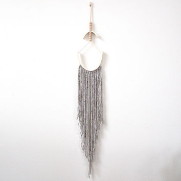 Arc Wallhanging -grey and porcelain