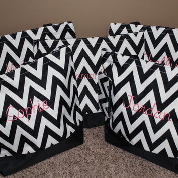 Bridesmaid Bags - Set of 5 Tote Bags - Black and White Chevron Totes - Monogrammed Gifts - Bridesmaids Gifts