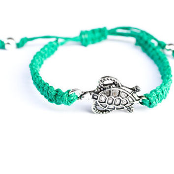 Turtle Bracelet Hemp Friendship Macrame by StarlitMoonDesigns