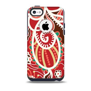 The Abstract Red & Green Vector Pattern Skin for the iPhone 5c OtterBox Commuter Case