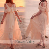 Romantic Victorian Cream Elegant Dress  Gown / Bridesmaid Dress