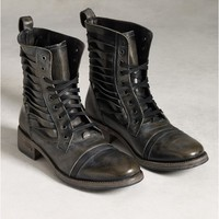 Simmons Twisted Lace Boot