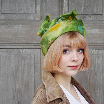 Unique fancy felted hat , designer hat, unusual woman hat, sculptural hat green leaf, elvish hat, Avant Garde fashion, wearable art, OOAK
