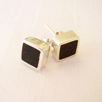 Square Black Stud Earrings in Sterling Silver and Pigments - Ear Studs Black Colour - Black and Silver - Hipster Contemporary Jewelry