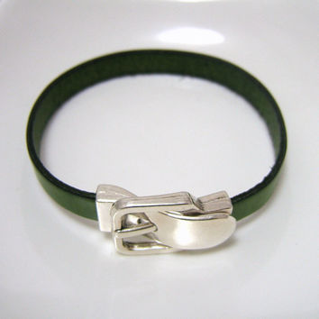 GREEN Flat Leather Bracelet with Magnetic BUCKLE Clasp - Olive Green Genuine 10mm Flat  Leather - Silver Metal Clasp - custom sizing