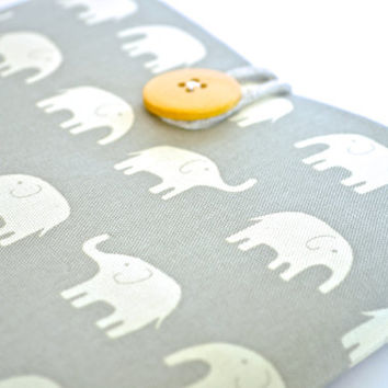 Laptop Sleeve MacBook Case fits 13 inch Laptop - Elephant March