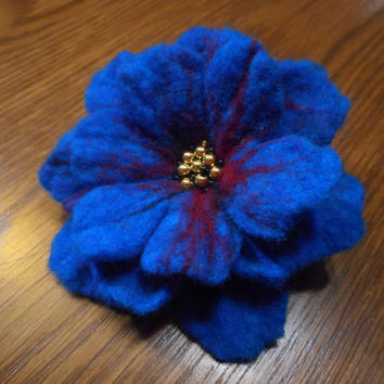 Wool Felt jewelry, Felt brooch flower,Blue red felt flower brooch,felt brooch,blue accessories,blue flower poppy,nunofelt flowers ,hair pins